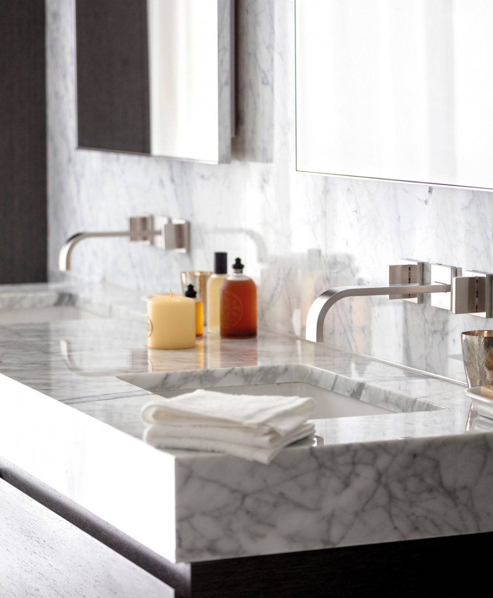 Marble flooring and veined marble basin
