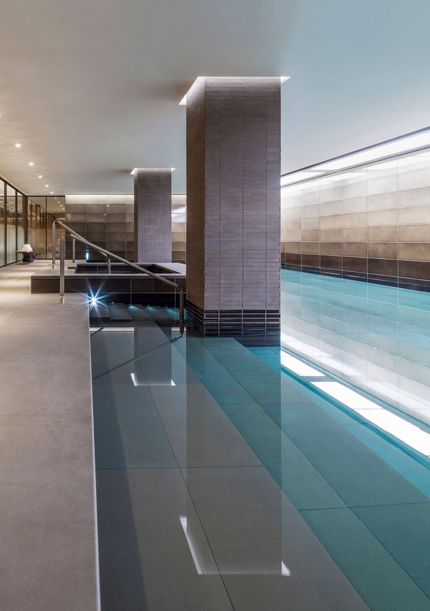 20 metre swimming pool with striking design